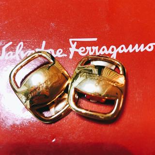 サルヴァトーレフェラガモ(Salvatore Ferragamo)のフェラガモ  イヤリング(イヤリング)