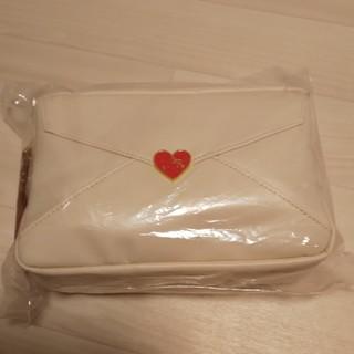 サンリオ(サンリオ)の新商品Kittyポーチ(キャラクターグッズ)