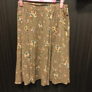 ドゥファミリー(DO!FAMILY)のDo family スカート(ひざ丈スカート)