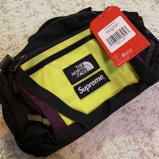 シュプリーム(Supreme)のSupreme×TNF Expedition Waist Bag 黄緑×紫(ウエストポーチ)