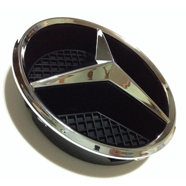 純正品 ベンツ フロント グリル エンブレム ロゴ  送料無料 自動車/バイクの自動車(車種別パーツ)の商品写真