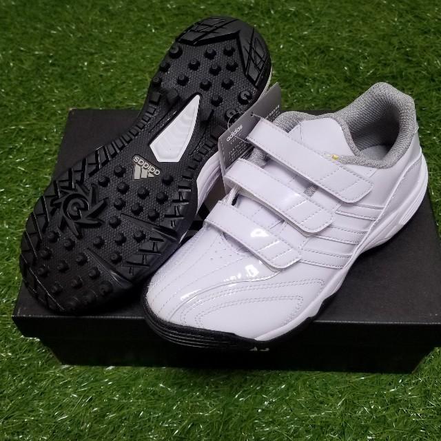 adidas(アディダス)の野球 トレーニング 20 スポーツ/アウトドアの野球(シューズ)の商品写真