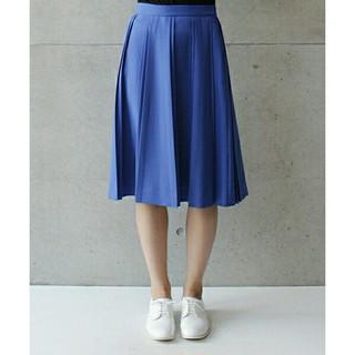 ノートエシロンス(note et silence)のrandom pleated skirt(ひざ丈スカート)