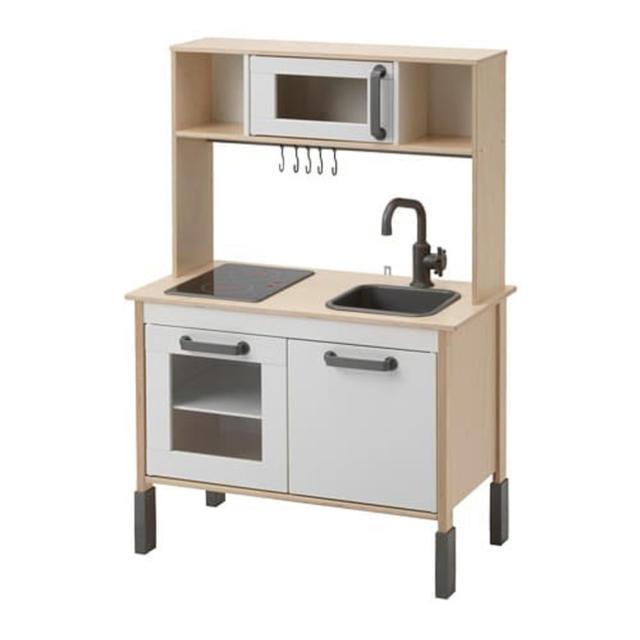 送料込 IKEA おままごとキッチン キッズ/ベビー/マタニティのおもちゃ(知育玩具)の商品写真