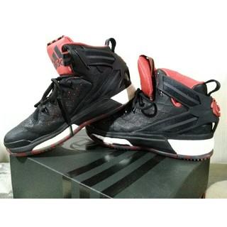 アディダス(adidas)の【送料込み】adidas バスケットボールシューズ D ROSE 6/24cm(バスケットボール)