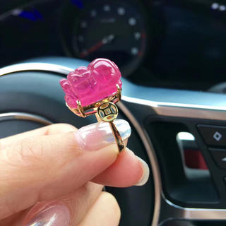 【高級】天然 レッド ピンク トルマリン リング 貔貅 ヒキュウ  k18(リング(指輪))