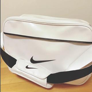 ナイキ(NIKE)のNIKE スポーツバッグ(ショルダーバッグ)