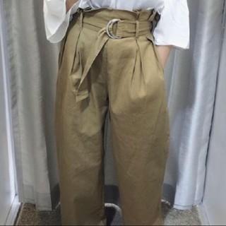 ジーユー(GU)のGU ワイドパンツ Lサイズ ベージュ(カジュアルパンツ)