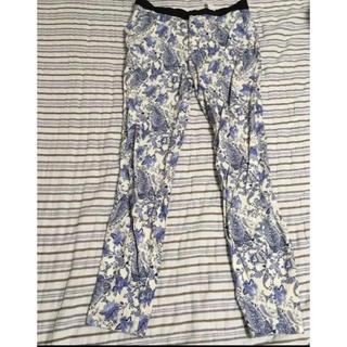 ザラ(ZARA)の花柄 ZARA パンツ ブルー 青 S 柄 ザラ 春服 春用 夏用(カジュアルパンツ)