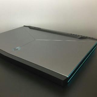DELL Alienware 17 R4 i7-7820hk GTX1080