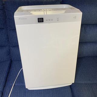 ダイキン(DAIKIN)のDAIKIN 空気清浄機 MCK70T 白(空気清浄器)