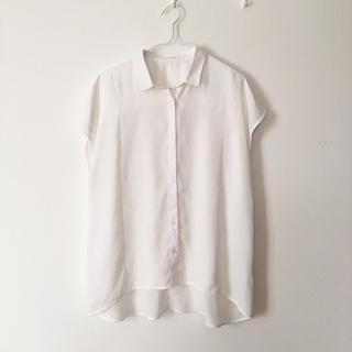 ジーユー(GU)のGU エアリーシャツ XL ホワイト(シャツ/ブラウス(半袖/袖なし))