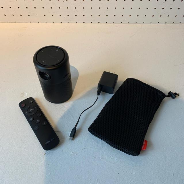 anker nebura capsule pro  スマホ/家電/カメラのテレビ/映像機器(プロジェクター)の商品写真