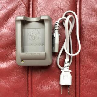 オリンパス(OLYMPUS)のオリンパス PEN lite E-PL2 充電器のみ(バッテリー/充電器)