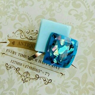 ブルーのモノトーンポニーフック(バレッタ/ヘアクリップ)