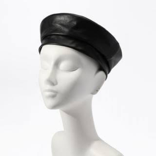 トゥモローランド(TOMORROWLAND)のTOMORROWLAND フェイクレザーベレー帽(ハンチング/ベレー帽)