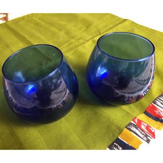 フェリシモ(FELISSIMO)のブルーが鮮やかなグラス 【値下げしました】(グラス/カップ)