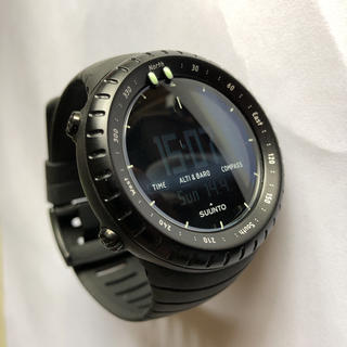 スント(SUUNTO)のスントコア オールブラック 美品(腕時計(デジタル))