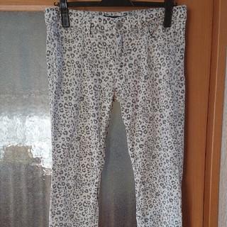 トゥモローランド(TOMORROWLAND)の最終お値引き‼️マカフィー 薄手の綿パンツ  36(カジュアルパンツ)