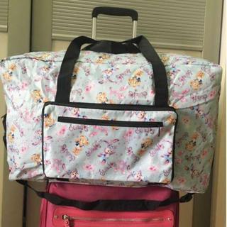 新品☆ダッフィー 折り畳み ボストンバッグ コンパクト 旅行バッグ(スーツケース/キャリーバッグ)