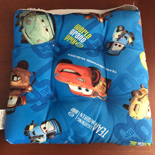 ディズニー(Disney)のクッション 座布団 カーズ ディズニー 保育園・幼稚園・小学校(クッション)