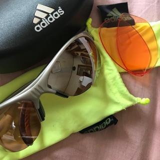 アディダス(adidas)の【美品】アディダス スポーツ サングラス(トレーニング用品)