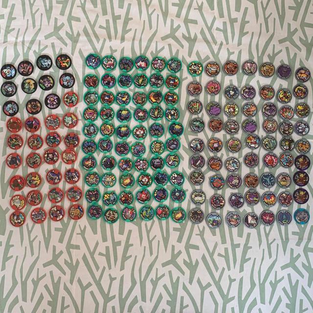 妖怪ウォッチ メダル153枚セット エンタメ/ホビーのおもちゃ/ぬいぐるみ(キャラクターグッズ)の商品写真
