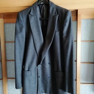 ジャンニヴェルサーチ(Gianni Versace)のベルサーチのダブル4ボタン(テーラードジャケット)