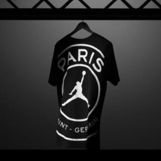 ナイキ(NIKE)のPSG × JORDAN ビッグロゴ TEE(Tシャツ/カットソー(半袖/袖なし))