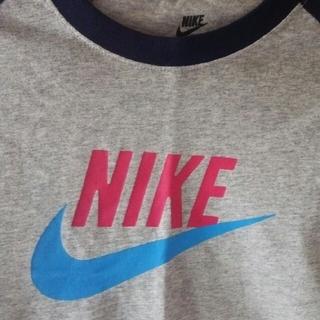 ナイキ(NIKE)の〔新品〕NIKE  長袖シャツ  Lサイズ(シャツ/ブラウス(長袖/七分))