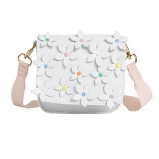 Bonpoint - ♡新品未使用♡bonpoint♡ss19♡とってもかわいい♡フラワー♡バッグ♡
