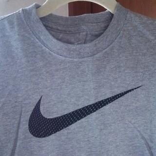 ナイキ(NIKE)の〔新品〕NIKE  長袖シャツ  Lサイズ(Tシャツ(長袖/七分))