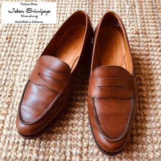 クロケットアンドジョーンズ(Crockett&Jones)のジャランスリウァヤ コインローファー レディース(ローファー/革靴)