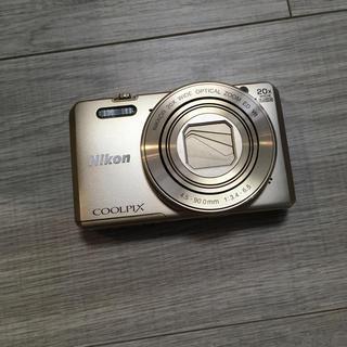 ニコン(Nikon)のニコン クールピクス S7000 純正ケース付き(コンパクトデジタルカメラ)