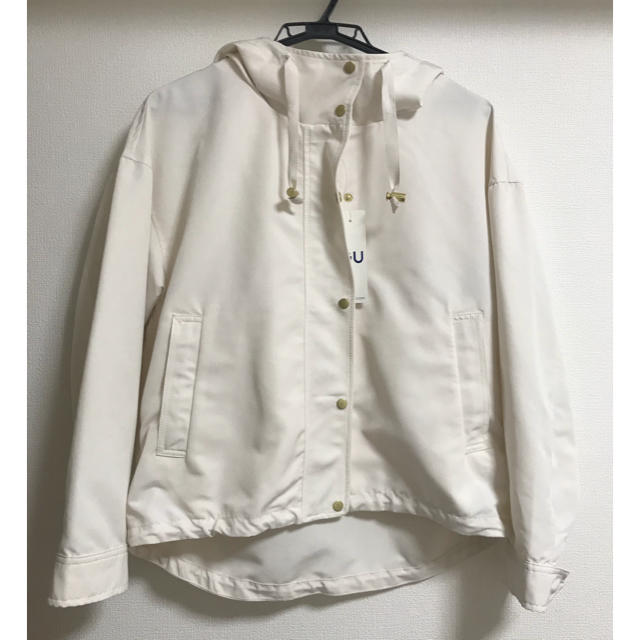 GU(ジーユー)のGU♡マウンテンパーカー♡ホワイト メンズのジャケット/アウター(マウンテンパーカー)の商品写真