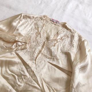 ロキエ(Lochie)のvintage シルク100% 豪華刺繍 レトロブラウス(シャツ/ブラウス(長袖/七分))