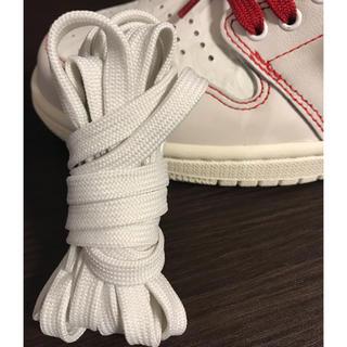 ナイキ(NIKE)のジョーダン1  純正 靴紐 白色(その他)