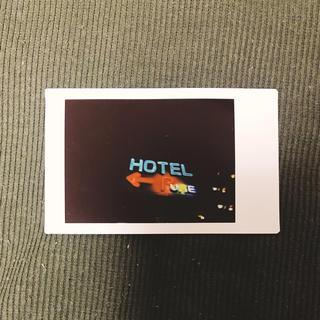 チェキ ネオン ラブホテル(アート/写真)