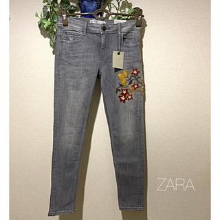 ZARA - 【新品】ザラ 刺繍入り ストレッチ デニムパンツ