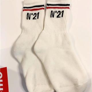 ヌメロヴェントゥーノ(N°21)のヌメロベントゥーノ  靴下 ソックス(ソックス)