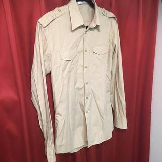 シカタ(CICATA)のCICATA シカタ ミリタリー ドレスシャツ L 美品 3 カラーステイ入り(シャツ)