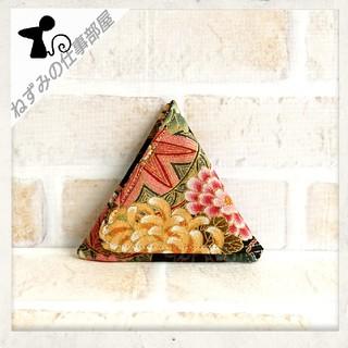 三角ミニケース(黒和柄)(雑貨)