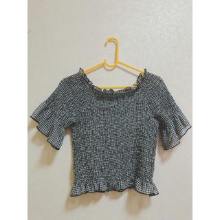 ダブルクローゼット(w closet)のトップス、ショート丈(Tシャツ(半袖/袖なし))