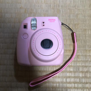 フジフイルム(富士フイルム)のチェキ 本体 instax mini8 ピンク(フィルムカメラ)