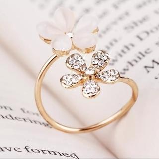 ダチュラ(DaTuRa)の新品♥フラワーリング/指輪/ゴールド/ベビーピンク/お花/サイズ調節/可愛い(リング)