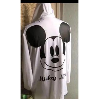 ディズニー(Disney)のゆったり着れる ミッキー  ラッシュガード  XL(パーカー)