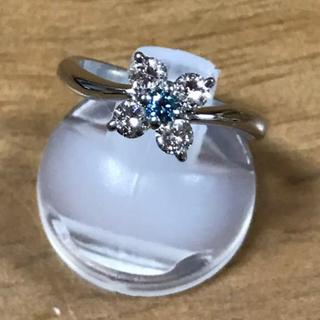 値下げ  上質なブルーダイヤ プラチナリング フラワー 8号(リング(指輪))