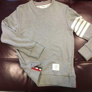 トムブラウン(THOM BROWNE)のトムブラウン 定番スウェットシャツ サイズ2 美品(スウェット)