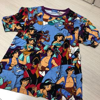ディズニー(Disney)のアラジン総柄Tシャツ(Tシャツ(半袖/袖なし))