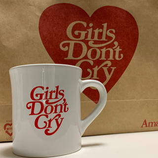 ジーディーシー(GDC)のガールズドントクライ マグカップ  girls don't cry (グラス/カップ)